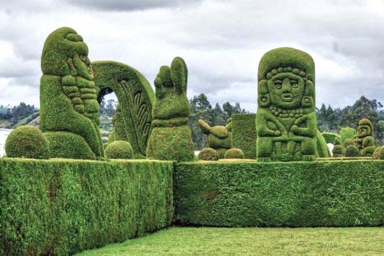 tulcan_ecuador_cementerio-cipres